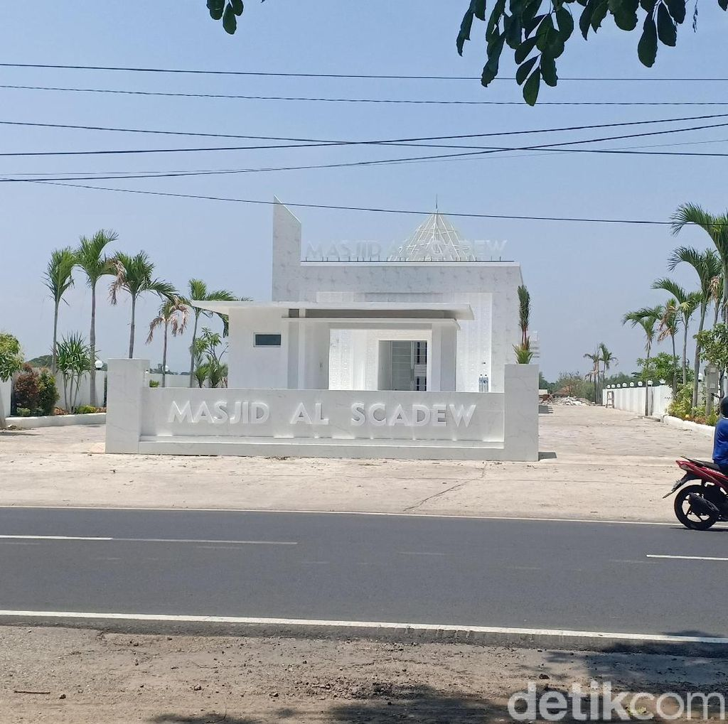 Unik, Masjid Al Scadew Sisca Dewi di Madiun Jadi Ajang Selfi