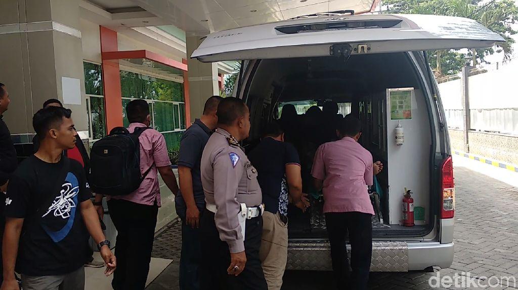 Kronologi Polisi Diserang Ketapel Kelereng di Lamongan