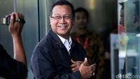 Direktur Utama PT KAI, Edi Sukmoro, menyambangi gedung KPK, Jakarta, Rabu (21/11/2018).