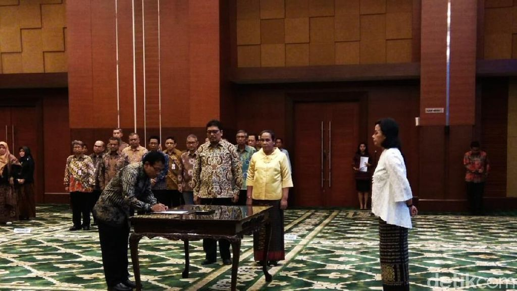 Lantik Pejabat Kemenkeu, Sri Mulyani Beberkan Tantangan Ekonomi RI