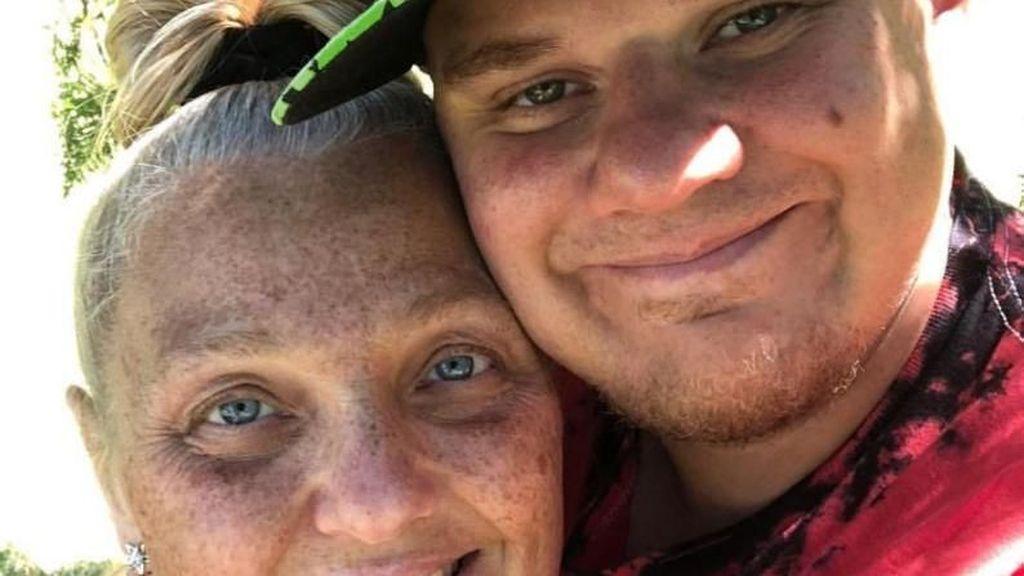 Cerita Pasangan Suami Istri yang Dikira Ibu Anak karena Beda Usia 18 Tahun