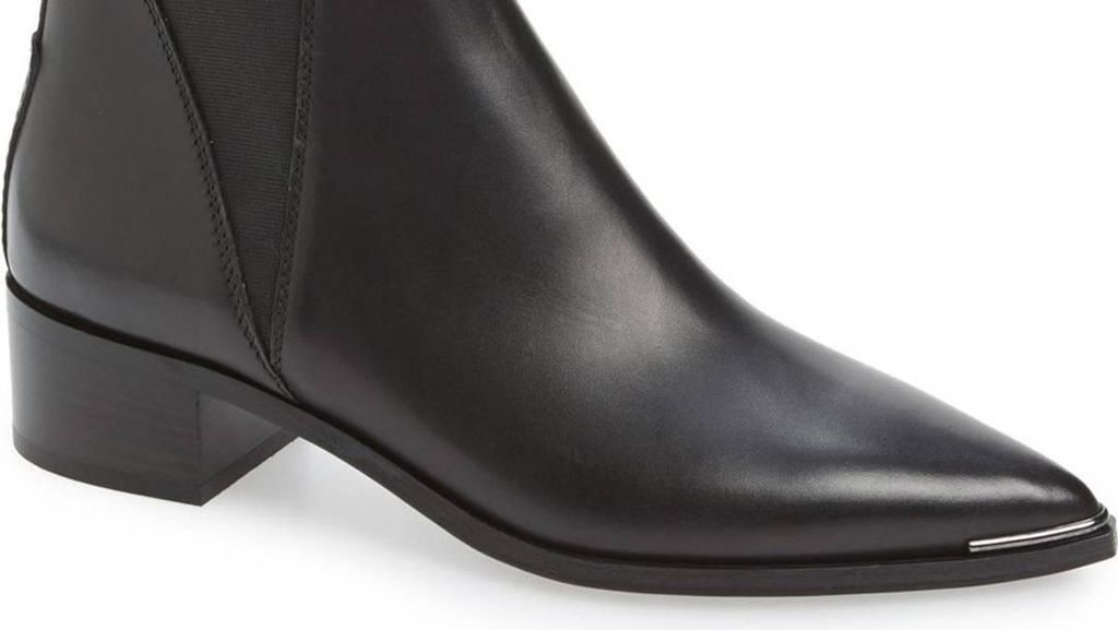 Tips Simpan Boots yang Baik di Rumah