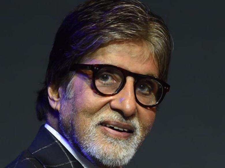 Amitabh Bachchan di Usia 77, Jadi Vegetarian dan Makan Sederhana