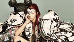 Pesona Gigi dan Bella Hadid dalam Konsep Mickey Mouse