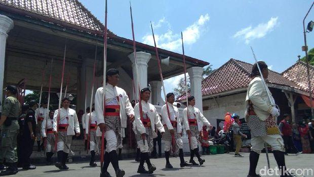 Grebeg Maulid Nabi di Yogyakarta.