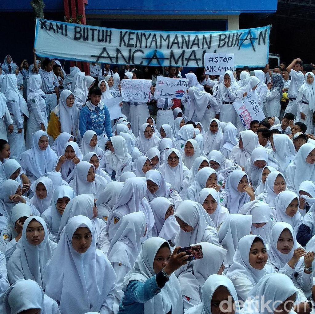 Pelajar SMAN 1 Gondanglegi Demo Tuntut Kasek Mundur dari Jabatannya