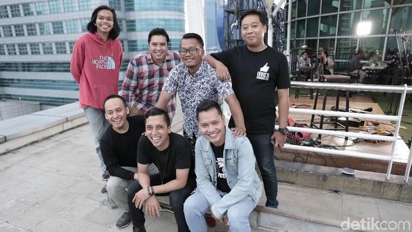 Lebih Dekat dengan Orkes Nunung Cs, Pengisi Soundtrack A Man Called Ahok