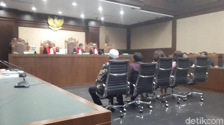 5 Anggota DPRD Sumut Didakwa Terima Uang Ketok Palu dari Gatot Pujo