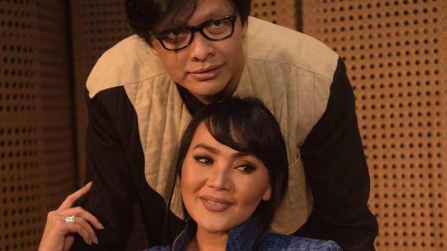 Selain Konser, Armand dan Dewi Gita Siapkan Kejutan di Usia Perak Pernikahan
