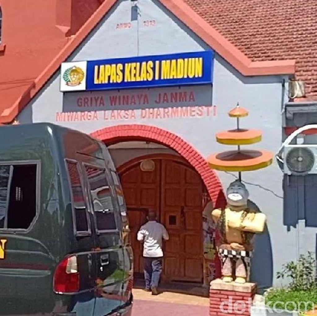 Sebelum Serang Polisi di Lamongan, Pelaku Besuk Napi Teroris