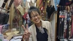 Jepang selalu menjadi negara dengan angka harapan hidup tertinggi di dunia. Mungkin tersenyum dan menikmati hidup adalah salah satu alasannya.