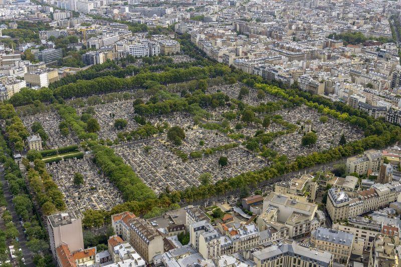 Pemakaman kuno Pere Lachaise di Paris, Prancis muncul sebagai setting adegan klimaks dalam film Fantastic Beasts: The Crimes of Grindelwald, seri kedua dari Fantastic Beasts (iStock)