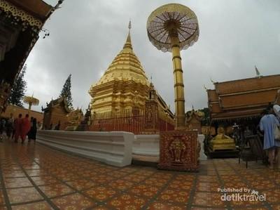 Asyiknya Berkeliling Chiang Mai dengan Songthaew