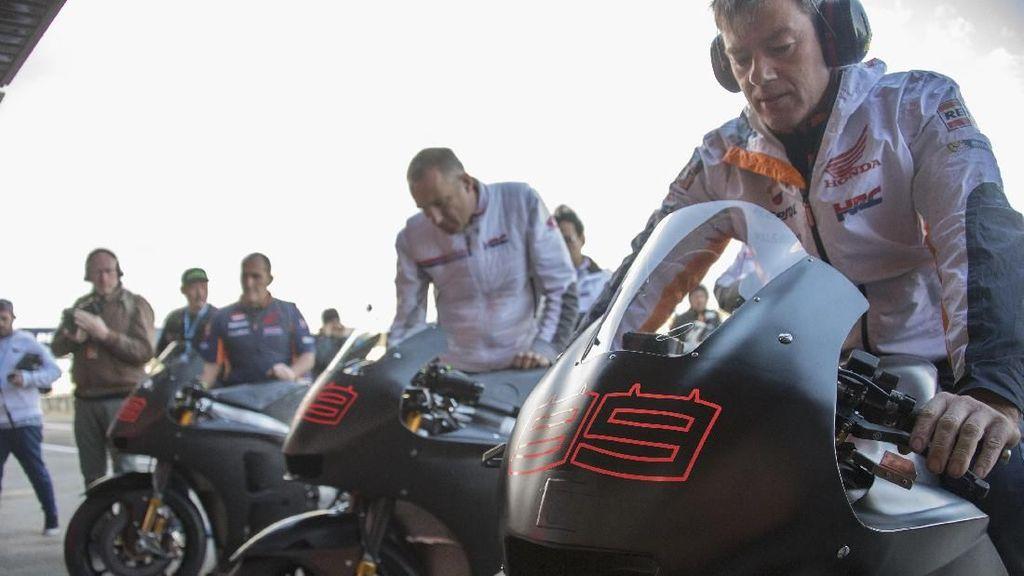 Lorenzo Mau Apa Saja, Honda Bakal Kasih