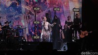 Raisa menggelar konser Fermata sebagai tanda dirinya mundur untuk sementara dari dunia tarik suara. Kini, ia fokus dengan kehamilannya. Foto: Asep/detikHot