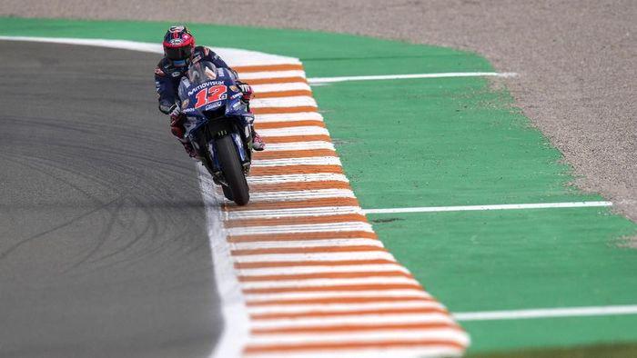 Maverick Vinales kembali jadi yang tercepat di tes MotoGP Valencia hari kedua. (Foto: Mirco Lazzari gp/Getty Images)