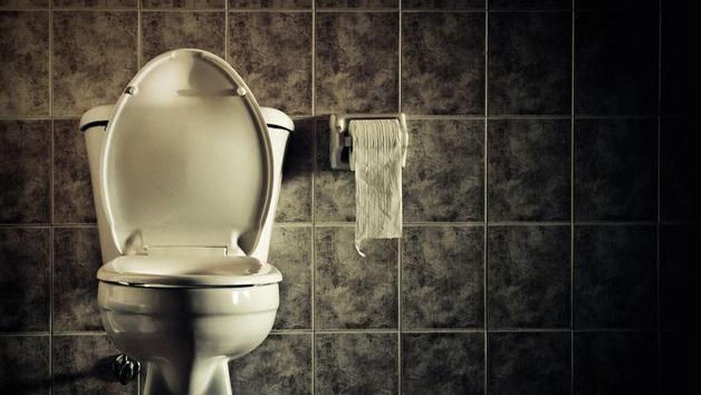 Alasan Kesehatan Kenapa Pria Perlu Cebok Usai Buang Air Kecil