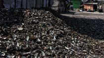 Potret Ngerinya Limbah Kerang Hijau di Jakarta Utara