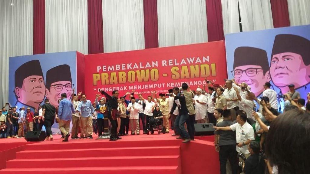 Saat Prabowo-Titiek hingga Amien Rais Nyanyi 2019 Ganti Presiden