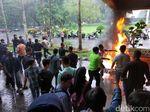 Unjuk Rasa soal Beasiswa Bidikmisi, Mahasiswa Unej Sempat Bakar Ban