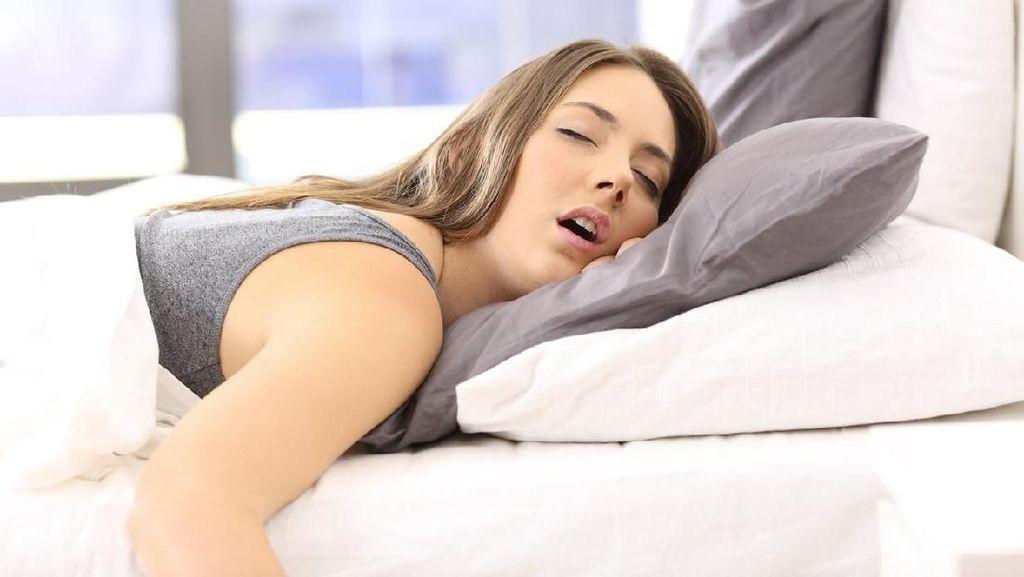 Tidur Bersama Tukang Ngorok Ternyata Bisa Ganggu Kesehatanmu, Lho