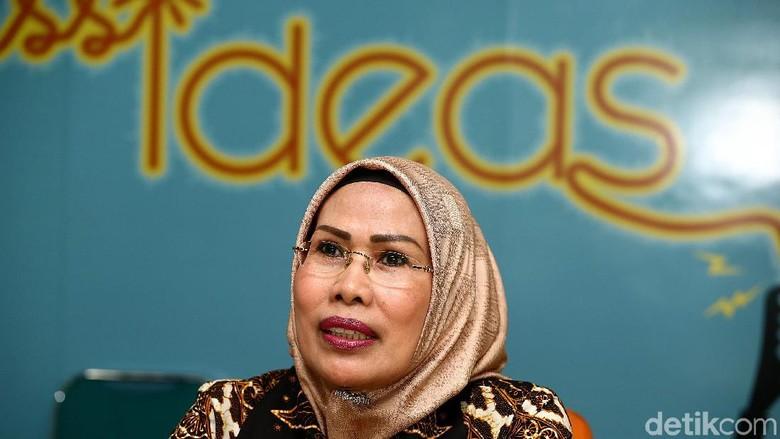 Incumbent Tatu Chasanah Daftar Bacalon Bupati Serang Lewat PDIP