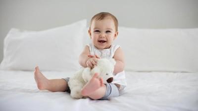 25 Nama Bayi Perempuan dengan Arti Bahagia