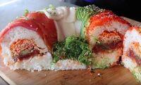 Begini Tahapan Membuat Donat Sushi Raksasa