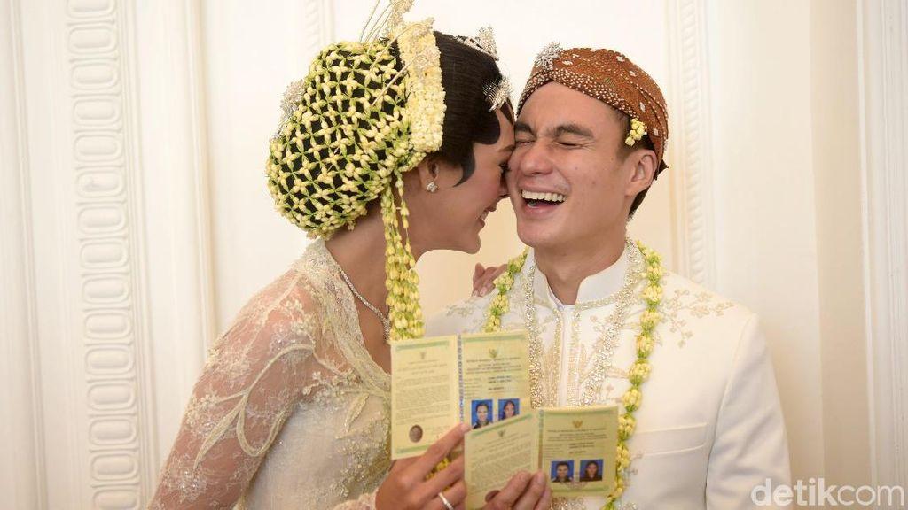 Dinikahi Baim Wong, Paula Verhoeven Cantik Bergaun Modest Saat Resepsi