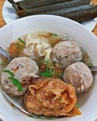 Di Soegoehan Ramadhan Ada Ayam Bakar Padang dan Daging Bumbu Bali Enak