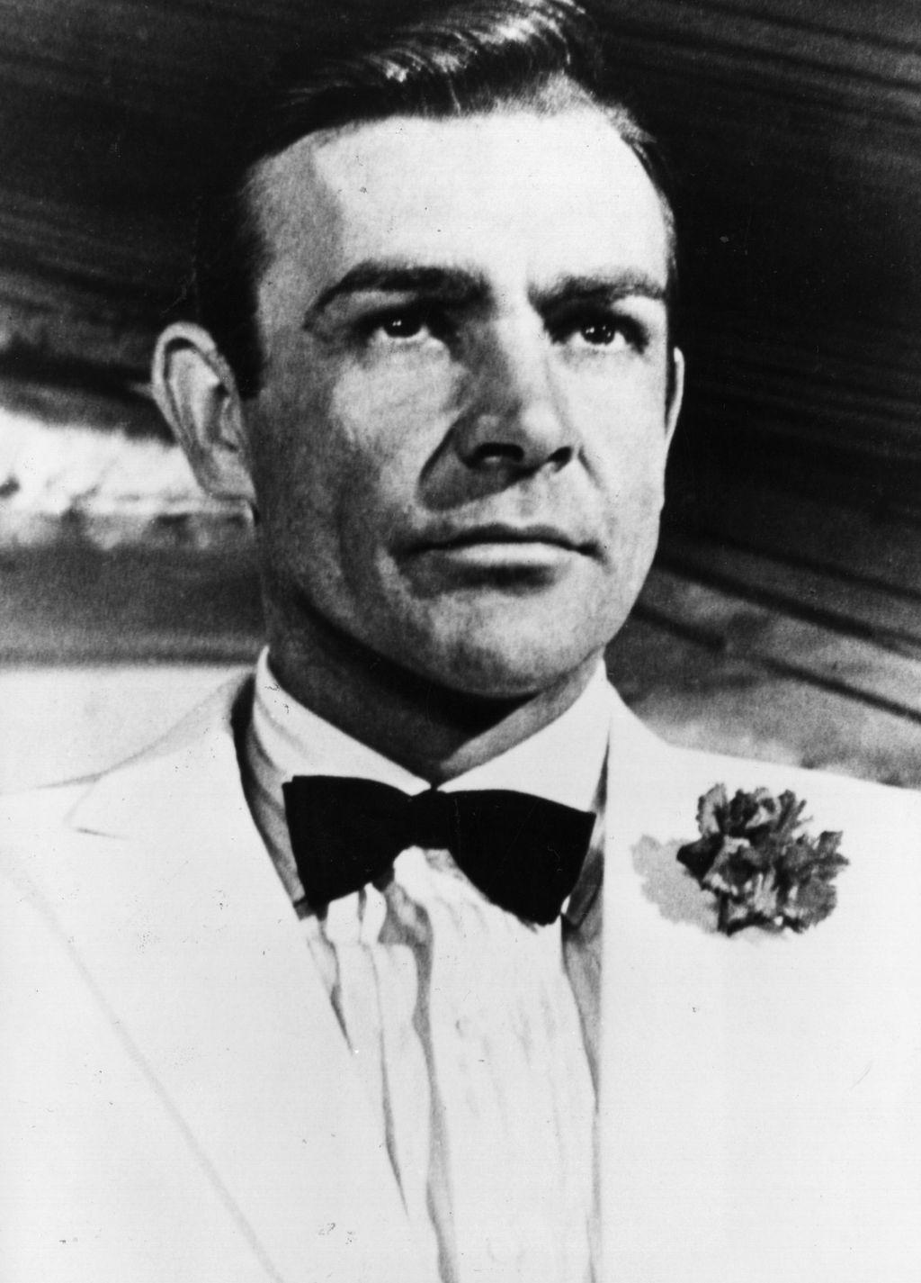 Sean Connery saat berperan sebagai James Bond
