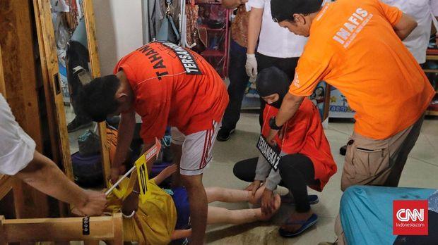 Pacar Pembunuh PL di Mampang Sarankan Mayat Disimpan Lemari
