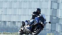 Intip Kecenya Skuter Bongsor Yamaha XMAX Lagi Yuk..