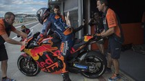 Beda Yamaha dan KTM di Mata Zarco