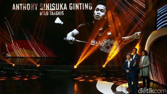 Anthony Ginting meraih Indonesian Sport Awards kategori atlet individual putra (Muhammad Ridho/detikSport)