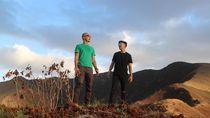 Foto: Main ke Pantai & Naik Gunung di Maluku