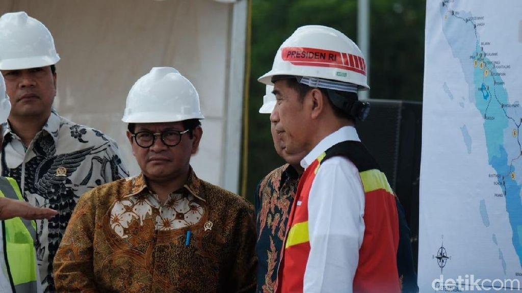 Jokowi Buka Opsi Bangun Kereta Cepat di Pinggir Tol Trans Sumatera