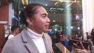 Aktivitas Aprilia Manganang, Masih Ngantor Saat Pandemi