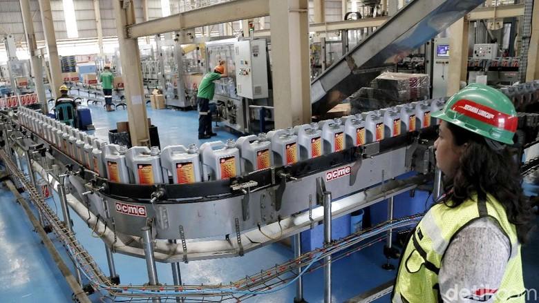 Pabrik pelumas Pertamina Foto: Pradita Utama