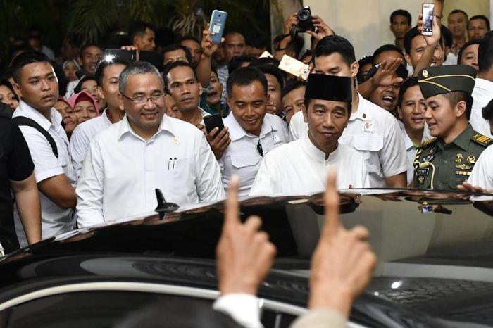 Jokowi meminta agar dana desa yang telah memasuki di tahun keempat ini diprioritaskan untuk pemberdayaan ekonomi masyarakat sesuai potensi desanya masing-masing. Foto: Wening/Kemendes PDT