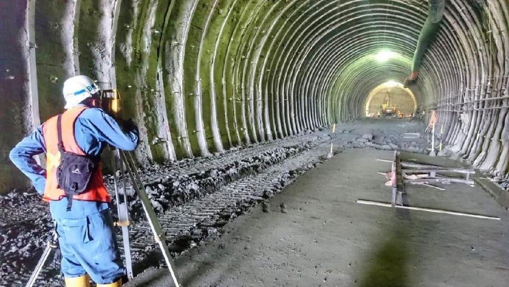 Melihat Proyek Terowongan Jalur Ganda Kereta Lintas Selatan Jawa