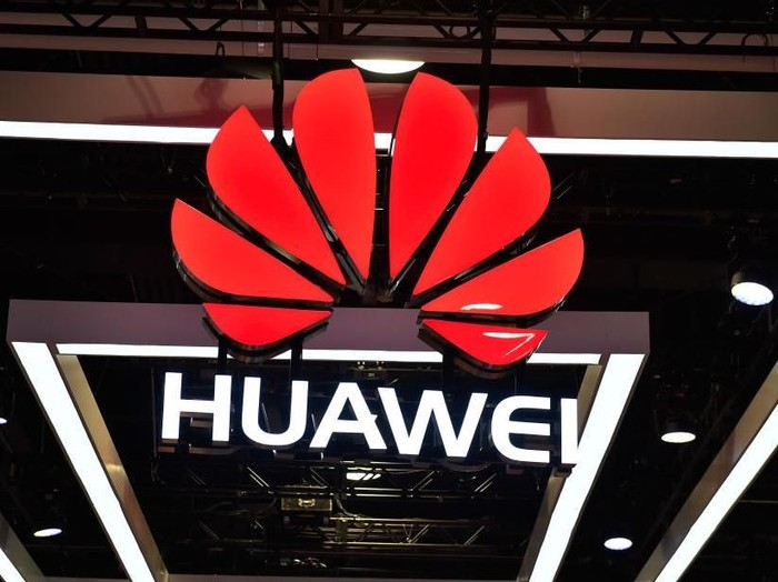 LAS VEGAS, NV - JANUARY 09:  The Huawei logo is display during CES 2018 at the Las Vegas Convention Center on January 9, 2018 in Las Vegas, Nevada. CES, the worlds largest annual consumer technology trade show, runs through January 12 and features about 3,900 exhibitors showing off their latest products and services to more than 170,000 attendees.  (Photo by David Becker/Getty Images)