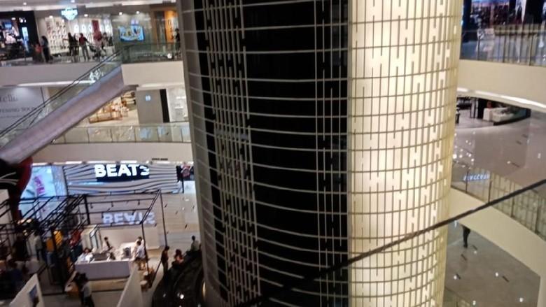 Lift Mati Bikin Pengunjung Terjebak, Ini Penjelasan Manajemen Sency