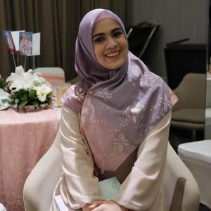 3 Tutorial Hijab Ala Nycta Gina, Agar Wajah Tak Mirip Mangkok