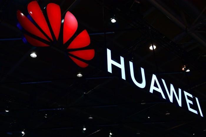 Logo Huawei. Foto: Alexander Koerner/Getty Images