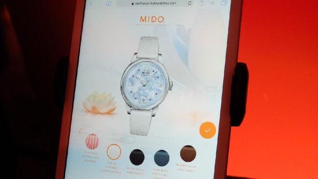 Melalui situs Mido, para wanita bisa mendesain jam tangan sendiri (Foto: Raras Prawitaningrum)