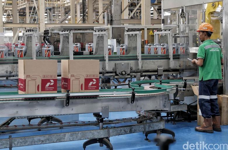 Ilustrasi pabrik pelumas. Foto: Pradita Utama