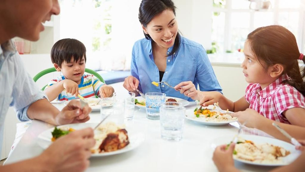 Cara Makan Sahur agar Tidak Cepat Haus Saat Puasa Seharian