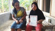 Nelangsa Fitri, Gadis Lamongan yang 17 Tahun Matanya Tertutup Tumor