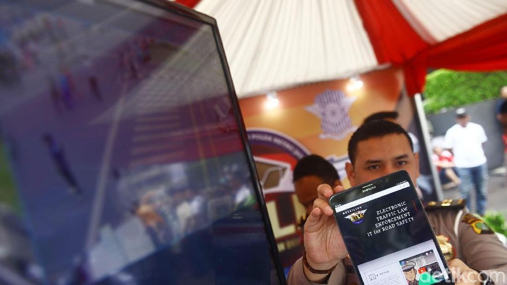 Tilang CCTV Belum Bisa Deteksi Kendaraan Plat Non B